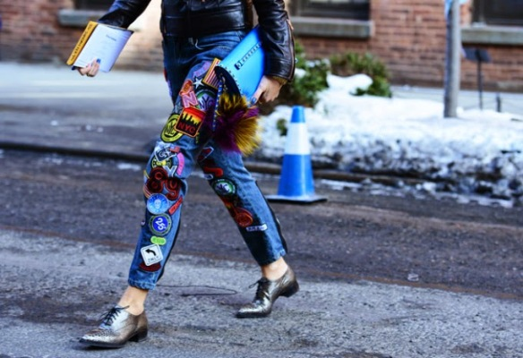 alerta tendencia - parches - colombia - danielastyling - outfit denim patch pants